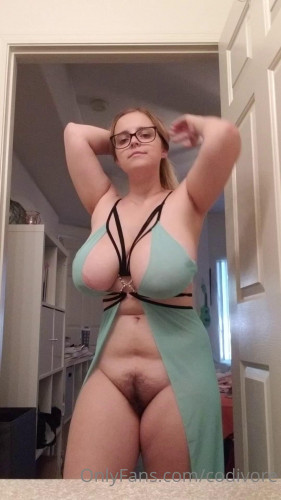 The Best Gold Porn Codi Vore (2018-2021) Collection part 1 [Big boobs,Posing,Curvy,Chubby]