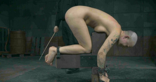 Terrible torture for sexy slave