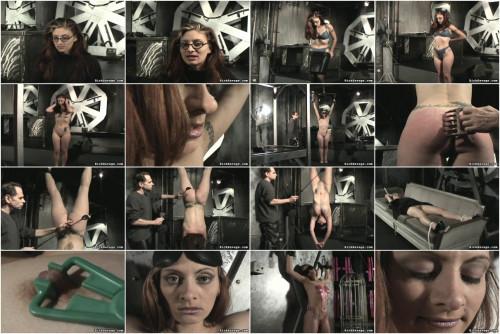 Hanging Torment Scene 4: Lauren