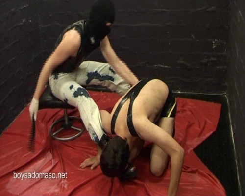 BoySM: young males punished, used, pissed, tormented [2011,Gay BDSM,boysadomaso.net,filthy,pissing,rubber]