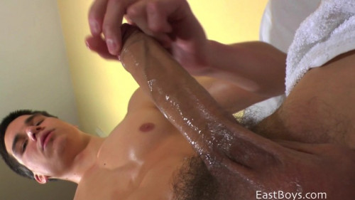 Eastboys - George Jerking-Off 2