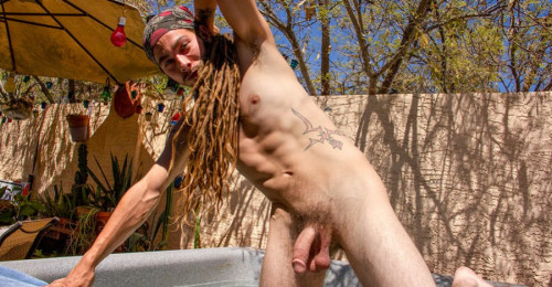 ZR - Jack Holden - A Big Cum Load To Splash