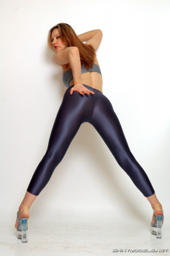 Shiny Russians Pantyhose Beauties Set !! [Porn photo]