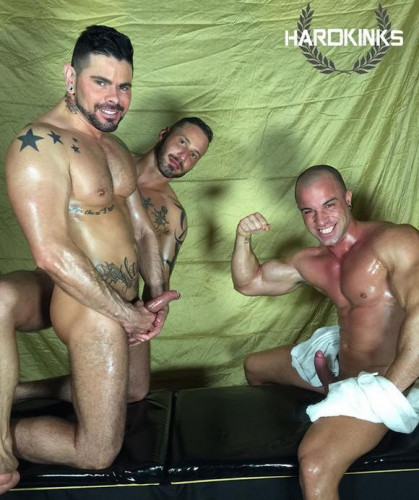 HK - The Massage - Antonio Aguilera, Antonio Miracle & Mario Domenech
