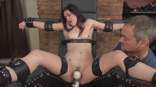 Foot Fetish and BDSM part 3 [2018,BDSM,OrgasmAbuse,Jessi Young,Suffering,Foot Fetish,Racked]