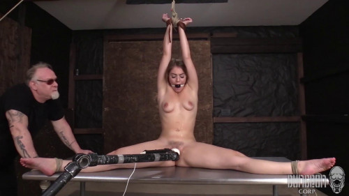 Kenzie Madison – Submissive Chores vol.4