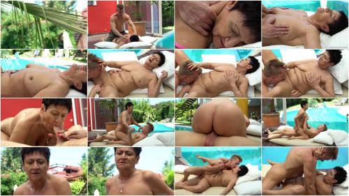 Azul Massage (1080p)