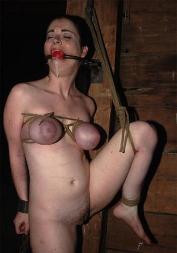 Sweet girl tries BDSM