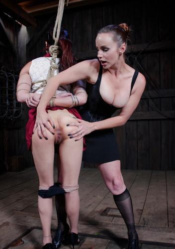 Lea Hart, Bella Rossi - Cool BDSM Sex