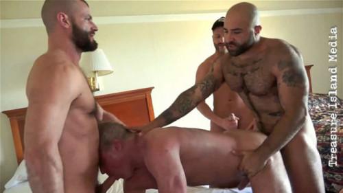 Gape - Scene 2 - 4-way Fuck (Atlas Grant, Chase Parker, Dale Savage, Jake Morgan)