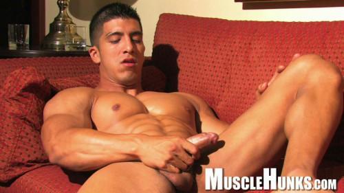 MH - Rip McIntyre - Latino Muscle God