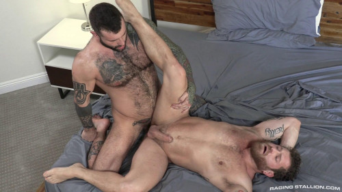 RS - Loaded: Muscle Fuck! - Riley Mitchel, Markus Kage (1080p)