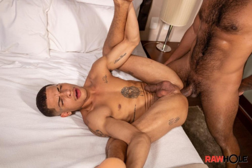 RH - Italo Andrade Gets His Ass Stuffed by Eduardo Lime