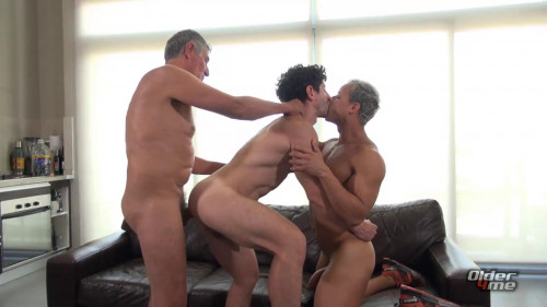 O4M - Chaco, Gerardo Mass & Victorino - New Daddy on the Block