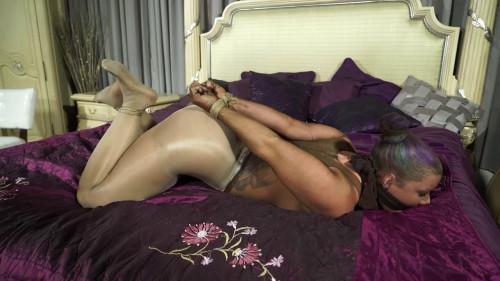 I love being tied up [2017,BDSM,borntobebound,Sahrye,Bondage]