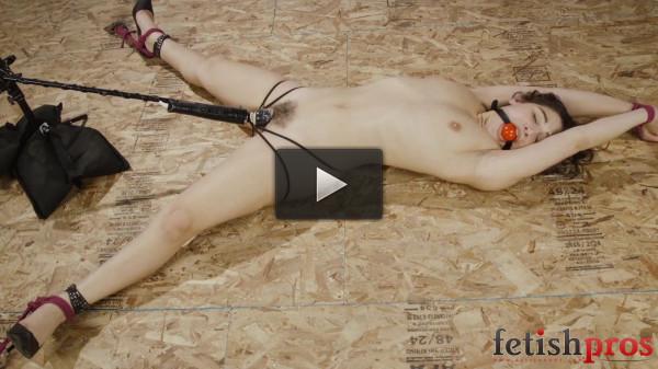 Abella Orgasms in Rope Bondage