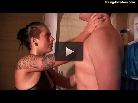 Young-femdom — Trouble in shower cabine