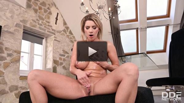 Katerina Hartlova — Czech Babe'S Solo Satisfaction FullHD 1080p