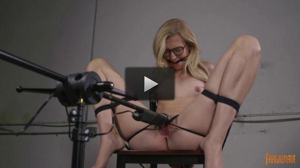cumming vid english sexy (Sexy Blonde Librarian)!