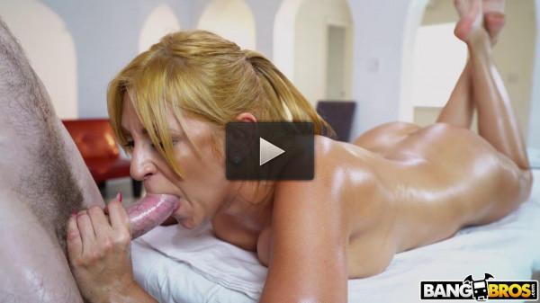 big tit milf Jazmyn fucked on massage table hard