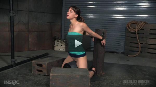 bdsm cums fetish hole (SexuallyBroken - Feb 22, 2016 - Deepthroat queen Devilynne does a live BarS show).