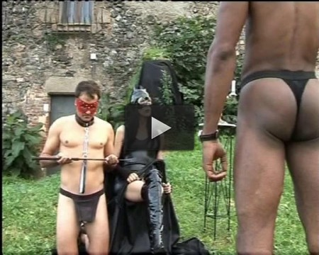 Old pussy for slave