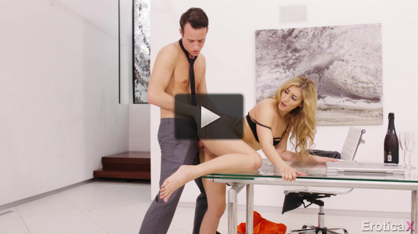 Moka Mora — Love in a Workplace FullHD 1080p