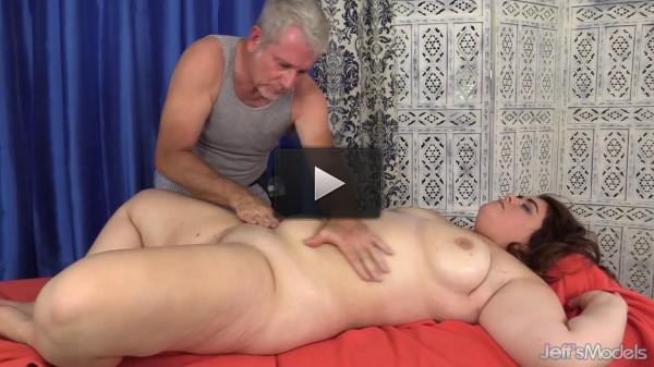 Maxi Pleasures — Maximum Massage