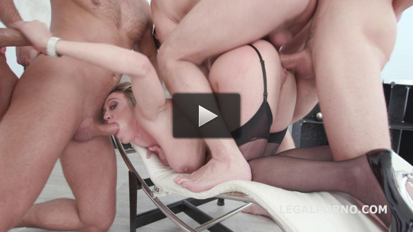 Wet Double Anal Orgy with Dee Williams & 4 Big Cocks