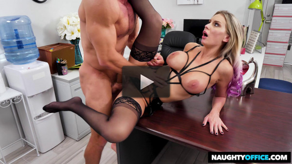 Kenzie Taylor Gets Fucked In The Office HD