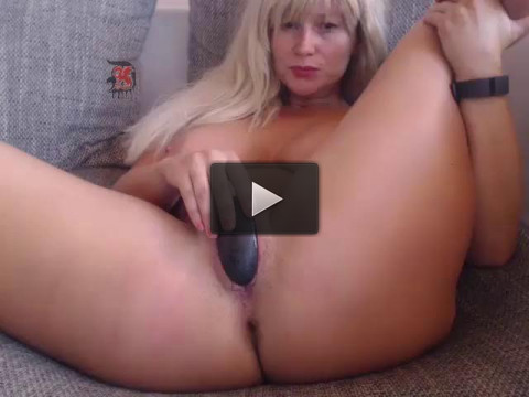 Unusual Blow job and pussy job action from horny josie...