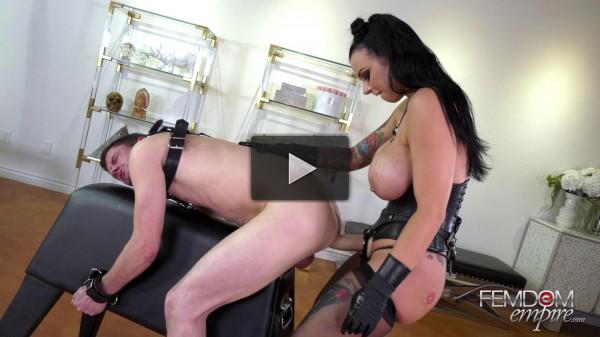 Busty Mistress Payton Presley Fucks Her Slave