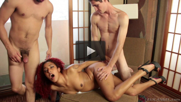 Daisy Ducati - kiss, new, english