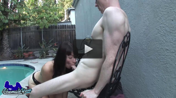 ShemaleYum - Alexa Scout And Rob's Poolside Fuck! - Oct 18, 2016.