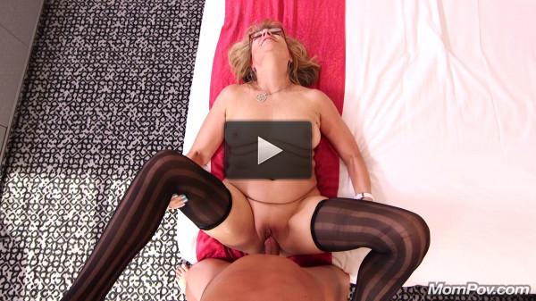 Audre — Stripper GILF needs some dick FullHD 1080p