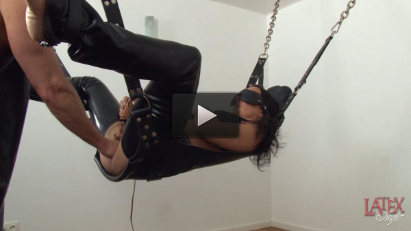 Vaginal Fisting In Sling — HD 720p