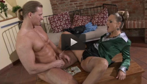 vid online lover les (Pissing In Action - Natural Born Pissers Part 62)...
