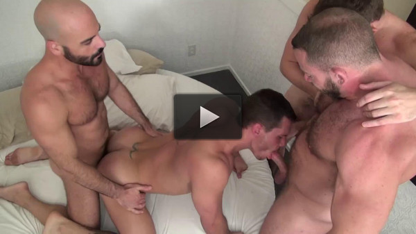 Bareback Gang Fucked Vol. 5 (hd) — Tate Ryder, Jeff Kendall, Dusty Williams