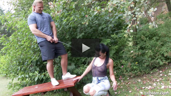 Pissing Action In The Garden (hardcore fucking, new, miss).