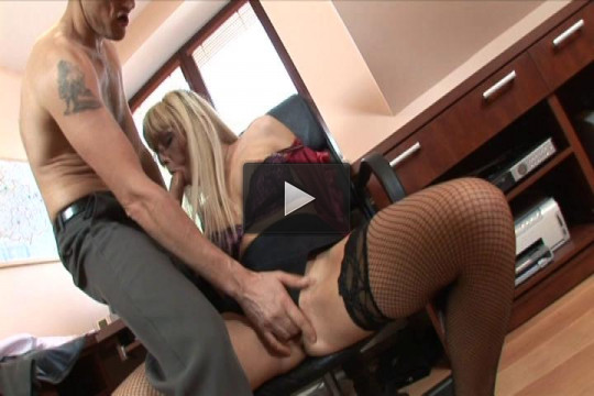 Combat Zone — Blonde Hottie Gets Fucked in the Office