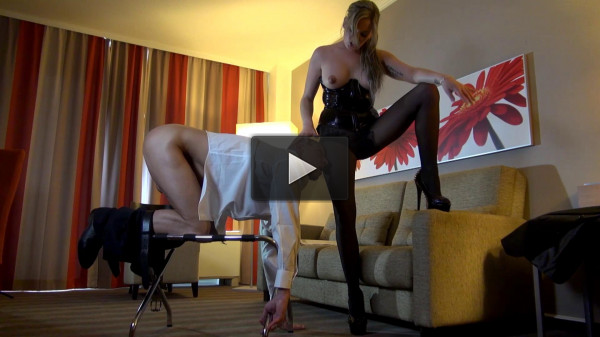 Ana Montana First Time Getting Spanked (vid, cash, time).