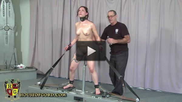 Kay meets the Splitzer - girl, download, video, bondage