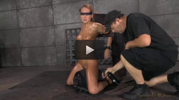 made english sex stud (Sexuallybroken - Nov 12, 2014 - Carter Cruise blindfolded, oiled down).