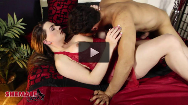 ShemaleXXX Acadia Veneer and Giovanni Francisco HD...