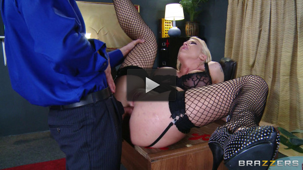 big tits first women fuck (Nice Blonde Loves When Her Chief Treats Her)!