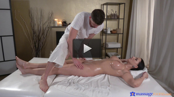 Jolee Love — Big tits German gives oily tit wank
