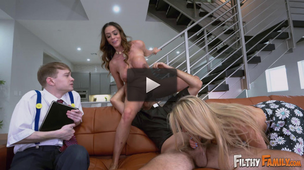 Ariella Ferrera, Lilly Ford — Squirter and Milf Worship a Cock (2018)