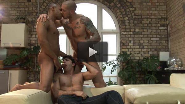 UK Naked Men — Golden Boy