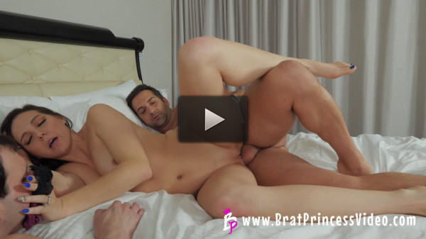 Sadie — Gets Fucked by her Bull while Cuck must Watch