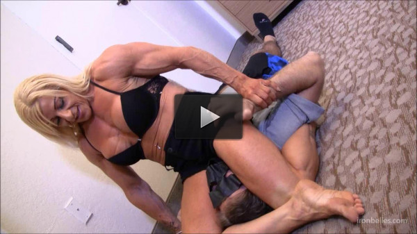 Laura Carolan — Total «Ripped» Muscle Queen Domination